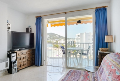 One bedroom frontline apartment for sale in Santa Eularia_6
