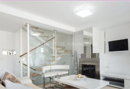 Modern Townhouse for sale in Santa Eularia_2