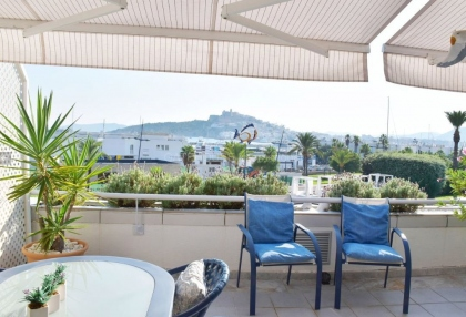 Front line two bedroom home for sale in Marina Botafoch_1