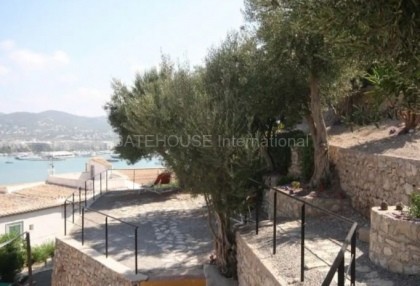 Two bedroom apartment for sale in Dalt Vila_10