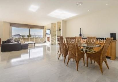 Frontline apartment for sale in Botafoch, Ibiza_5
