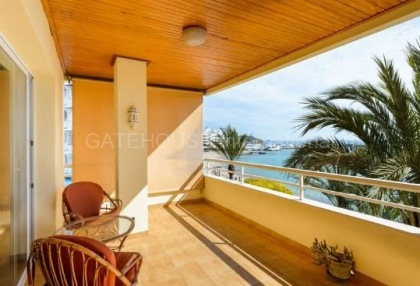 Frontline sea view apartment for sale in Santa Eularia_1