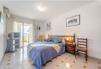 Frontline sea view apartment for sale in Santa Eularia_6