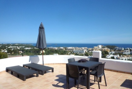 4 bedroom Santa Eularia villa for sale with stunning sea views 10