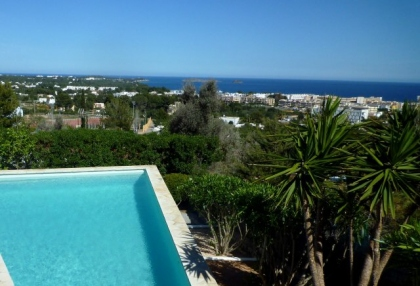 4 bedroom Santa Eularia villa for sale with stunning sea views 8