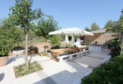 Country House with pool & guest house for sale Santa Eularia Ibiza Town 3