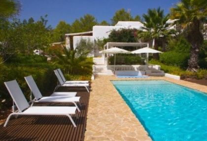 Country House with pool & guest house for sale Santa Eularia Ibiza Town 8