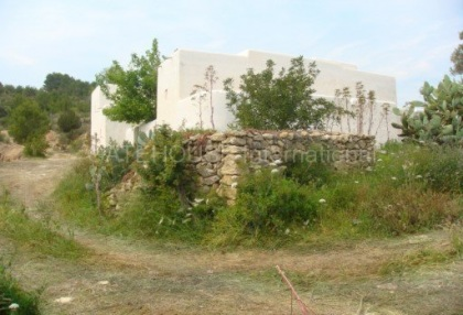 Old Ibicenco finca for sale with land in North Ibiza 3