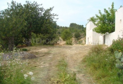 Old Ibicenco finca for sale with land in North Ibiza 9