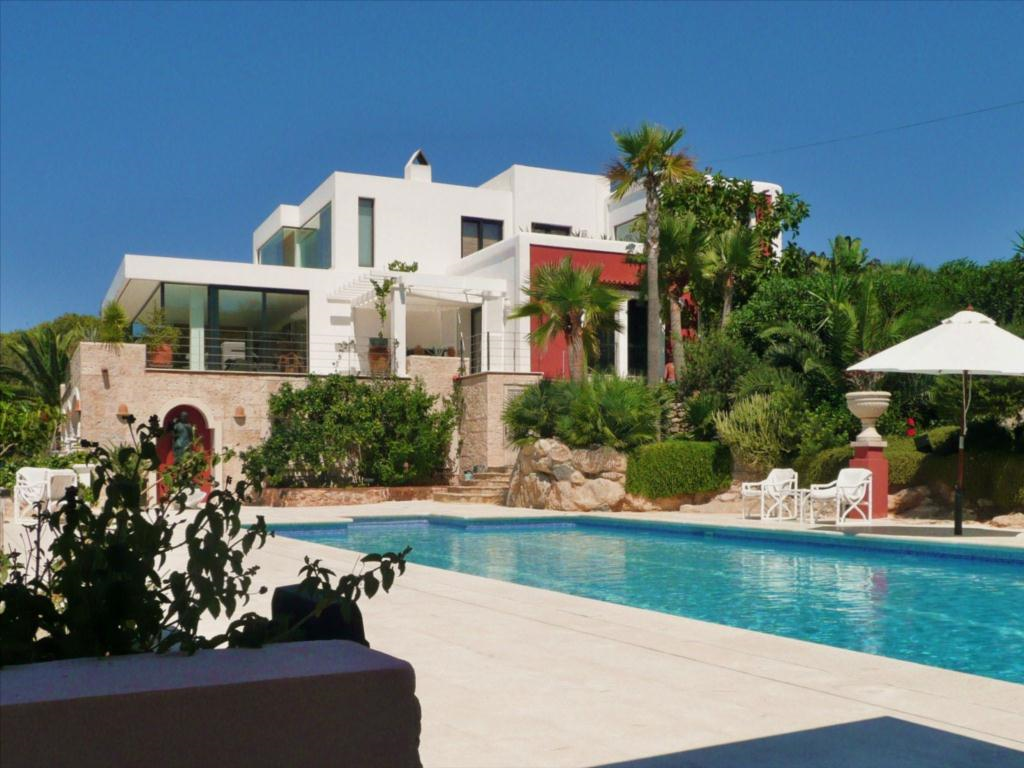 Beautiful modern villa for sale close to cala carbo with for Ibiza country villas