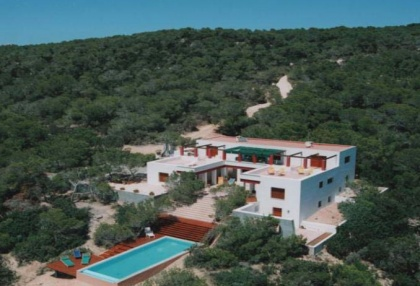 Large estate on Formentera overlooking the sea 1a