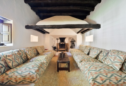 Large traditional Ibiza finca with guesthouse pool vineyard 14