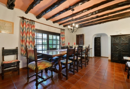 Large traditional Ibiza finca with guesthouse pool vineyard 17