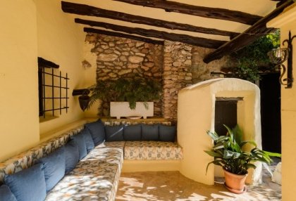 Large traditional Ibiza finca with guesthouse pool vineyard 6