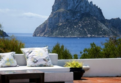 8 bedroom luxury oceanfront villa for sale with sea sunset views to Es Vedra Ibiza San Jose Coast 1