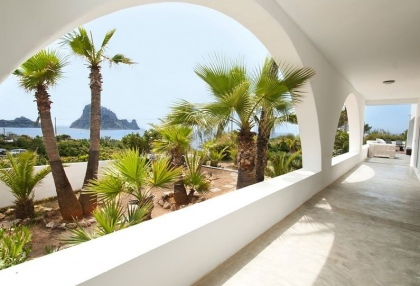 8 bedroom luxury oceanfront villa for sale with sea sunset views to Es Vedra Ibiza San Jose Coast 14