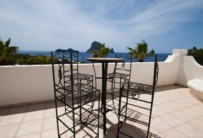 8 bedroom luxury oceanfront villa for sale with sea sunset views to Es Vedra Ibiza San Jose Coast 20