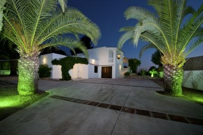 modern-detached-villa-for-sale-in-cala-salada-ibiza_1