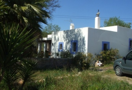 mansion-for-sale-san-lorenzo-ibiza-in-need-of-renovation-on-large-plot-10