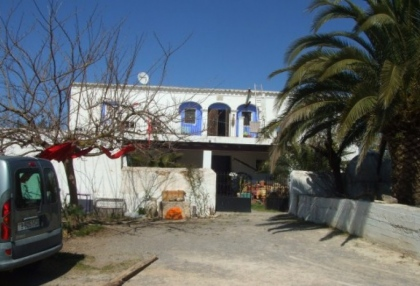 mansion-for-sale-san-lorenzo-ibiza-in-need-of-renovation-on-large-plot-2
