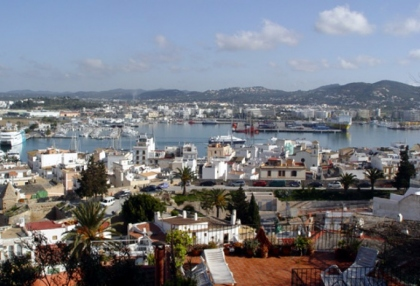 Duplex 2 bed apartment in Dalt Vila area of Ibiza town 3