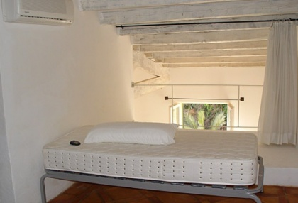 Duplex 2 bed apartment in Dalt Vila area of Ibiza town 5