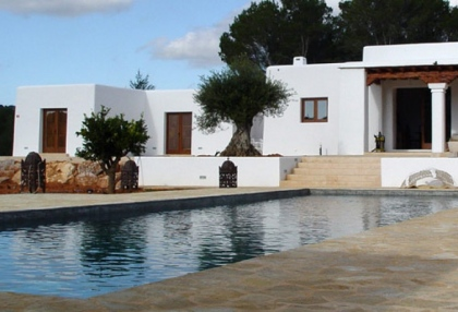 luxury-modern-villa-for-sale-large-plot-santa-eulalia-ibiza-2