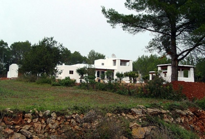 luxury-modern-villa-for-sale-large-plot-santa-eulalia-ibiza-8