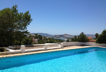 Old finca for sale in Ibiza with stunning views