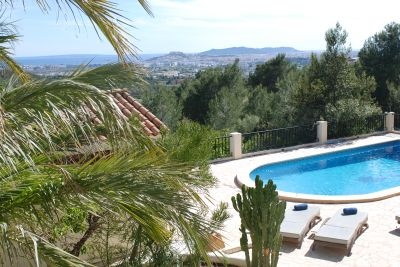 luxury-villas-for-sale-in-ibiza-can-furnet-pool-view-pi097