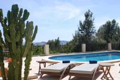 luxury-villas-for-sale-in-ibiza-can-furnet-pool-view3-pi097