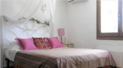luxury-ibizencan-finca-for-sale_bedroom_pi215