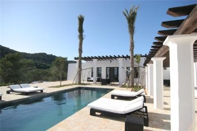 secluded-ibizan-villa-for-sale-pool-view-pi216