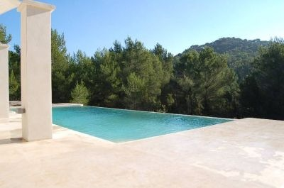 luxury-modern-villa-for-sale-ibiza_lpool-view_pi235