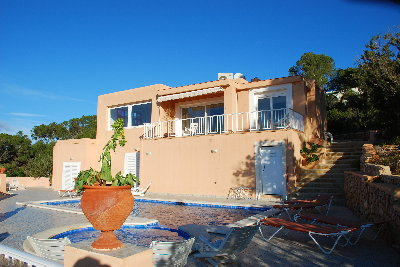 Villa for sale with sea views of Es Vedra, Ibiza