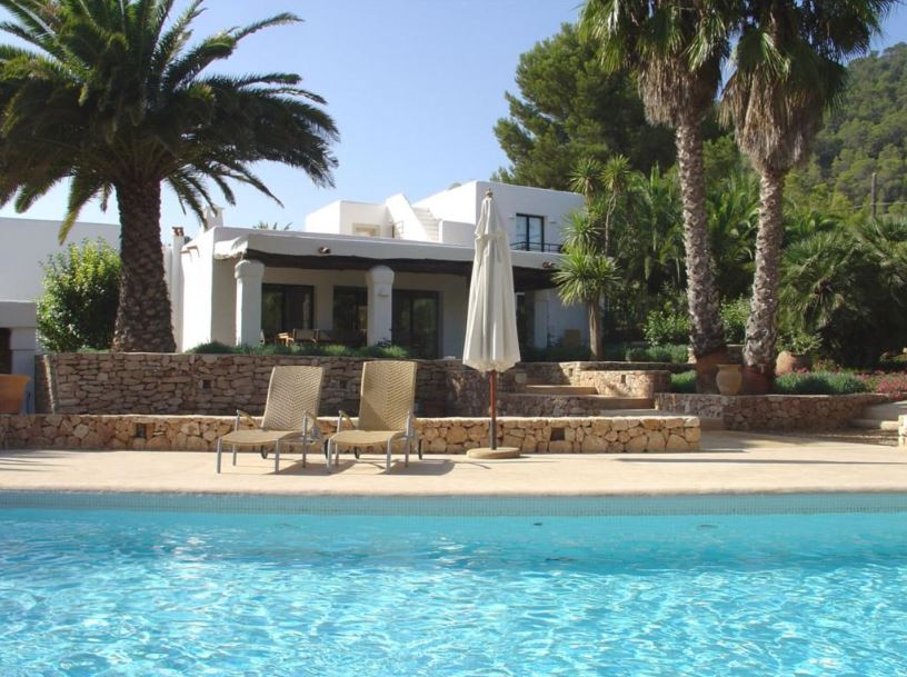 large elegant renovated finca with guest house for sale san jose ibiza properties for sale. Black Bedroom Furniture Sets. Home Design Ideas