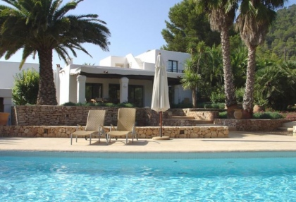 5 bedroom villa for sale San Jose Ibiza with guest apartment 2