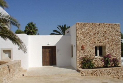 5 bedroom villa for sale San Jose Ibiza with guest apartment 5