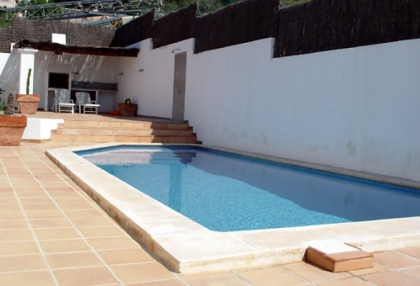 recently-renovated-3-bedroom-house-with-spectacular-views-to-es-vedra-for-sale-in-ibiza-5