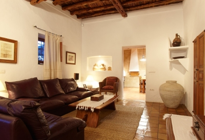 recently restored finca dating back to 1750_10