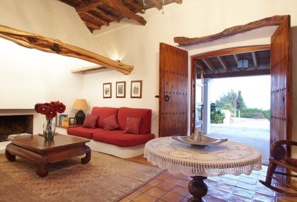 recently restored finca dating back to 1750_11