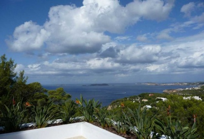 luxury-contemporary-ibiza-villa-for-sale-with-amazing-sea-views-san-jose-3