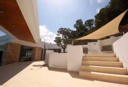 luxury-contemporary-ibiza-villa-for-sale-with-amazing-sea-views-san-jose-4