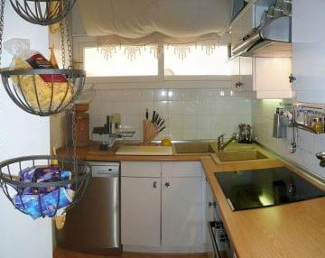 Santa Eularia apartment with direct beach access and views of the sea 12