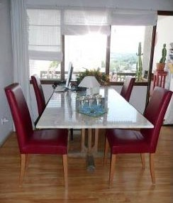 Santa Eularia apartment with direct beach access and views of the sea 4