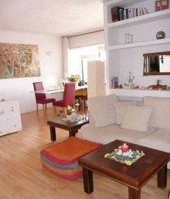 Santa Eularia apartment with direct beach access and views of the sea 9