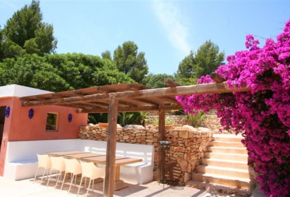luxury-finca-for-sale-ibiza_chill-area_si012