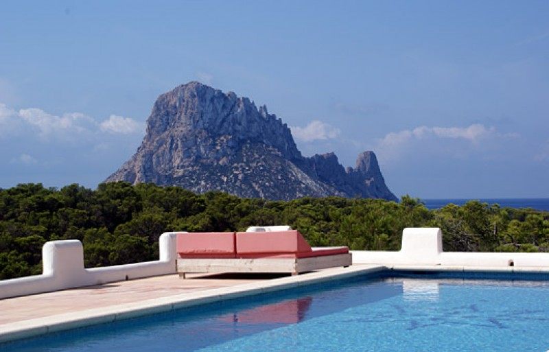 Stunning 6 bedroom house with sea views for sale close to Cala Carbo, Ibiza