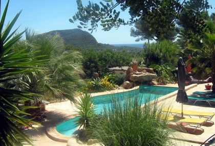 beautiful-finca-guest-house-with-stunning-views-for-sale-in-roca-llisa-ibiza-1a