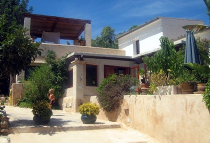 beautiful-finca-guest-house-with-stunning-views-for-sale-in-roca-llisa-ibiza-7